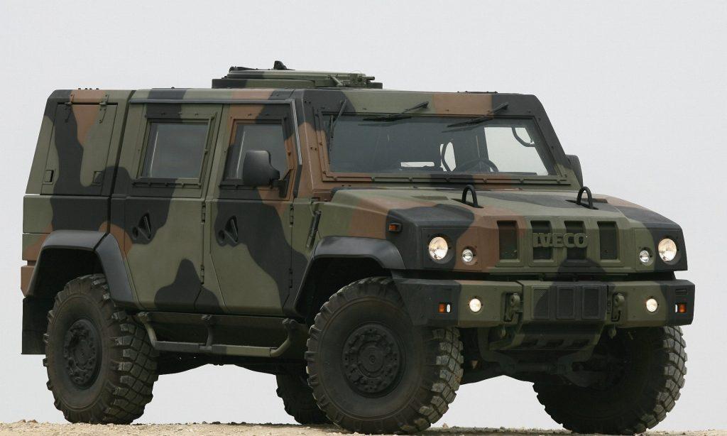 Camion mezzi e veicoli militari dell 39 esercito italiano - Portata massima camion italia ...