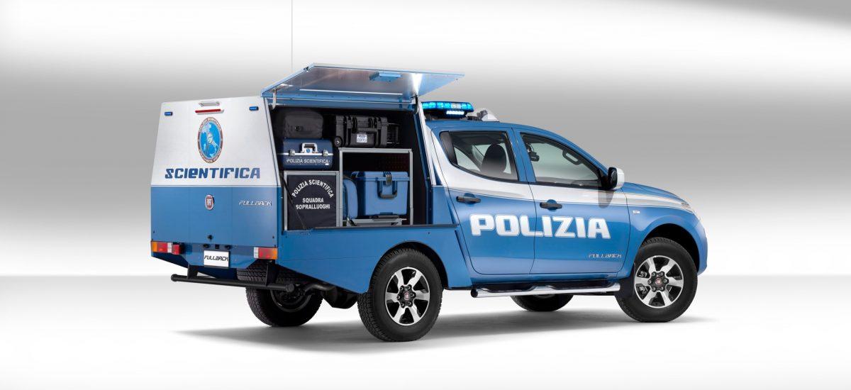 fiat-fullback-polizia-scientifica-tre-quarti-posteriore