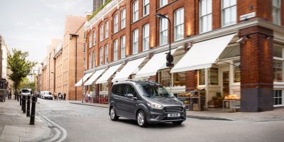 Ford Tourneo Courier: restyling leggero