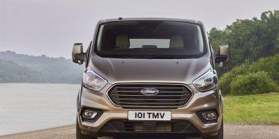 Ford Tourneo Custom restyling: ancora più versatile