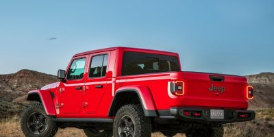 Jeep Gladiator: la Wrangler diventa pick-up