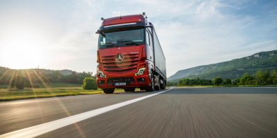 "Mercedes Trucks DynamicLease: il ""pay per use"" per i camion della Stella"