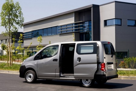 Nissan NV200 Bus