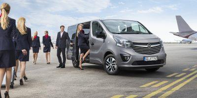 """Opel Vivaro Tourer, lo """"shuttle"""" versatile ed elegante"""