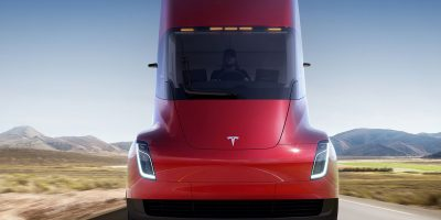 Semi, il camion Tesla