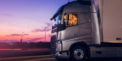 Volvo Trucks: un corso di guida economica per gli autisti