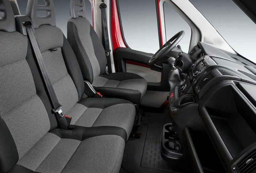 Fiat ducato versioni prezzi e guida all acquisto for Guida interni