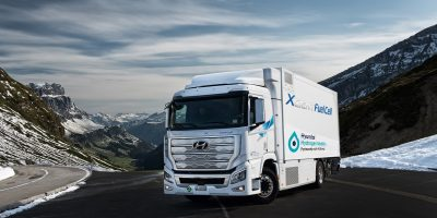 Hyundai consegna i primi camion XCIENT Fuel Cell in Europa