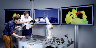 Volkswagen: a Wolfsburg lavora il robot intelligente